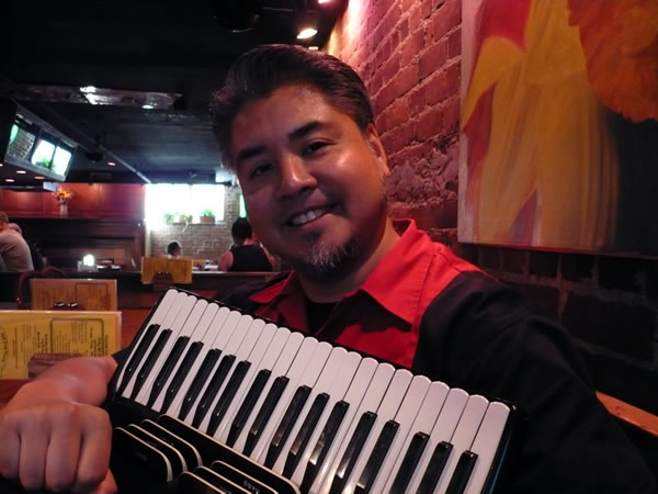 Joey deVilla and accordion at Grendel's Den, Harvard Square