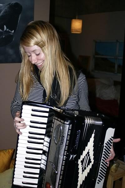Anneke playing Joey deVilla's accordion