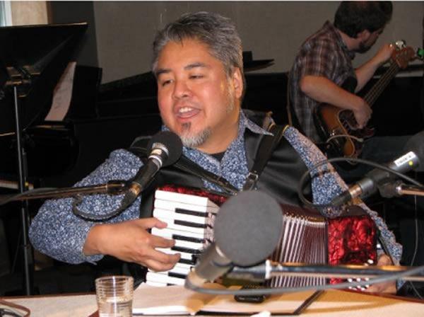 joey and accordion