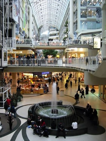 The Eaton Centre fountain and surroundings
