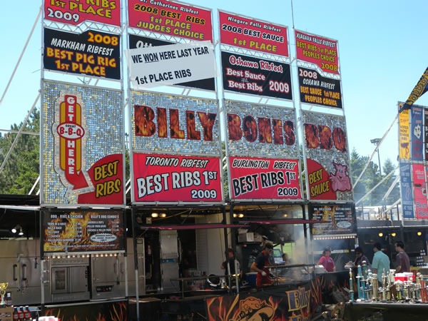 Billy Bones BBQ's display signs