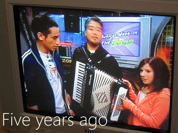 Carlos, Joey and Stephanie on YTV's the Zone, February 2006.