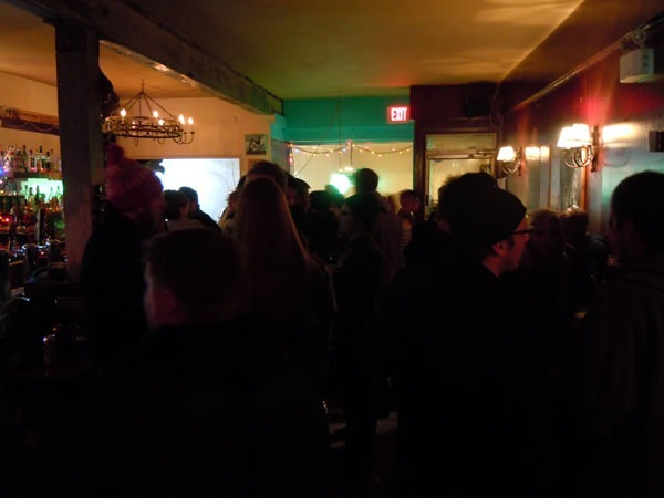 Crowd scene at Magpie