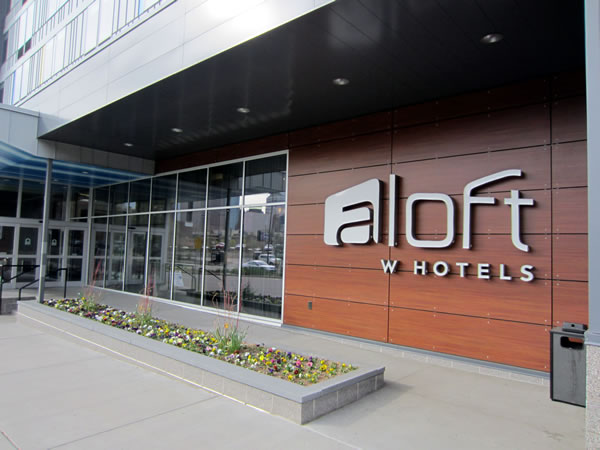 Front entrance of aloft Minneapolis