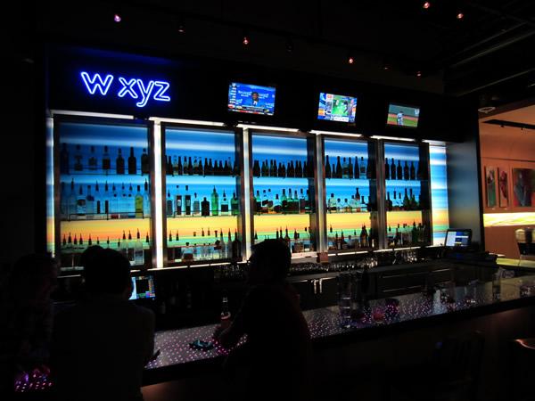 The lobby bar, closer up