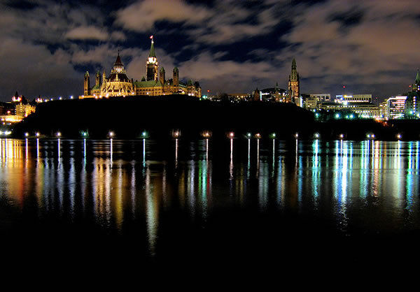 Parliament ottawa river night