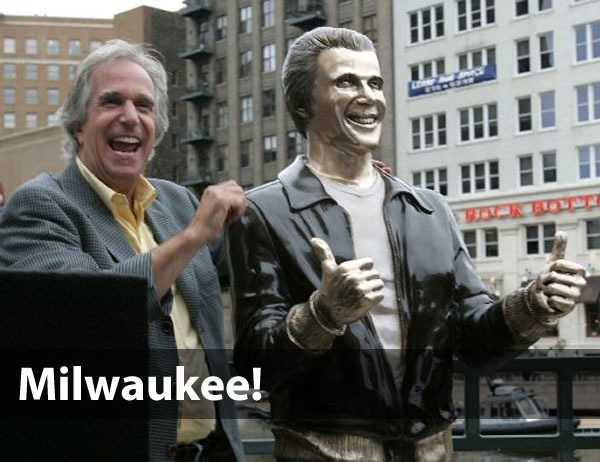 """Milwaukee!"": Henry Winkler posing beside the ""Bronze Fonz"" statue in Milwaukee"
