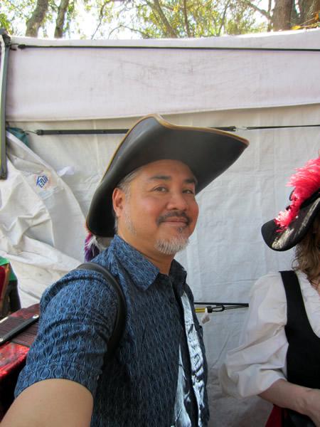 Joey deVilla in silly hat