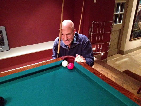 Patrick Stewart playing snooker
