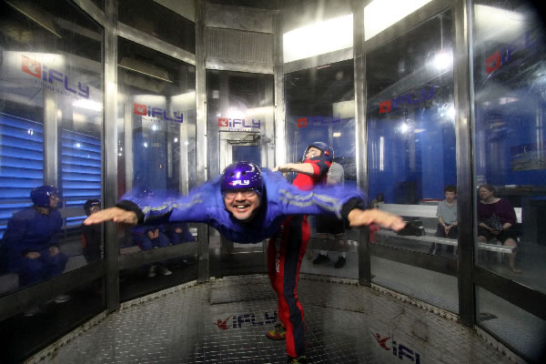 joey indoor skydiving 1