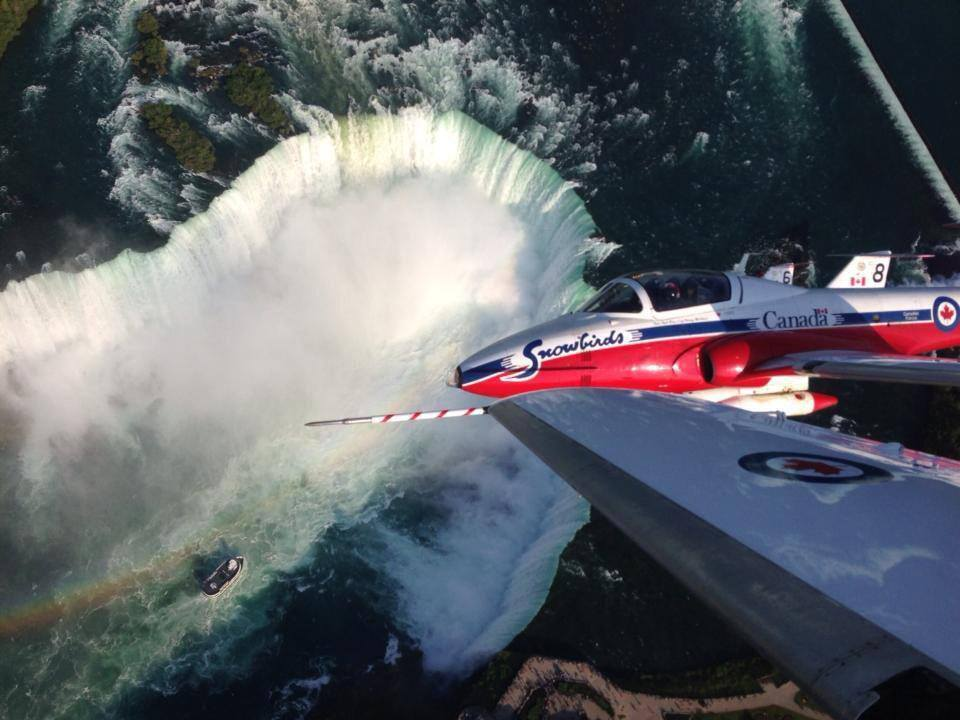 niagara falls - snowbirds - chris hadfield