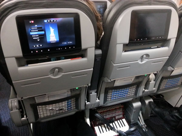 american airlines a319 exit row with accordion