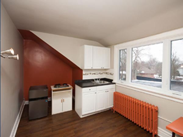parkdale apartment 4