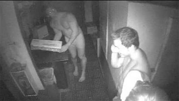 naked burger thieves 2