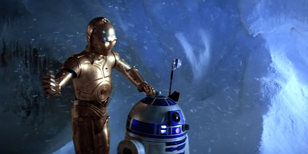 c-3p0 and r2-d2 on hoth