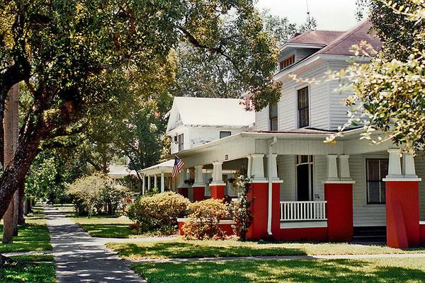 Photo: An older neighborhood in Sanford, Florida