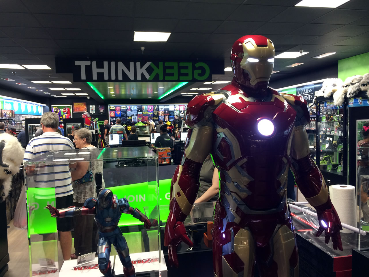 07 thinkgeek store from front with iron man
