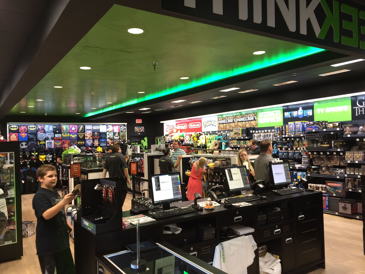 12 thinkgeek store - from middle