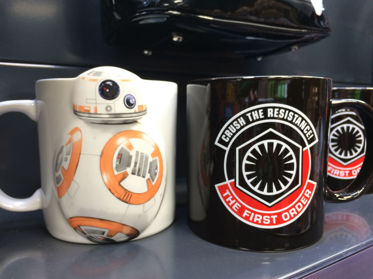 17 thinkgeek store - bb8 and first order mugs