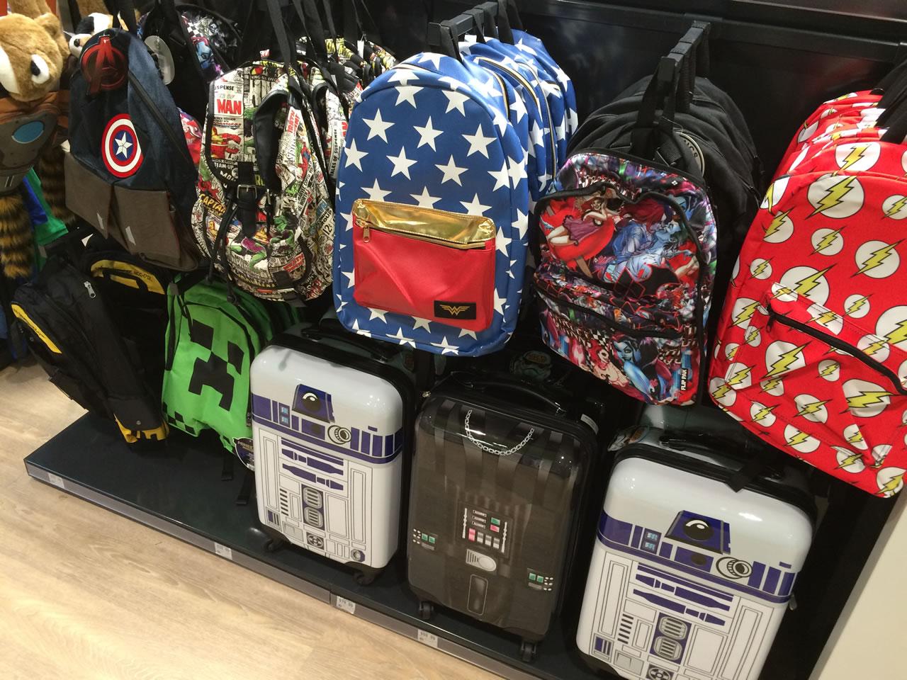52 thinkgeek store - bags