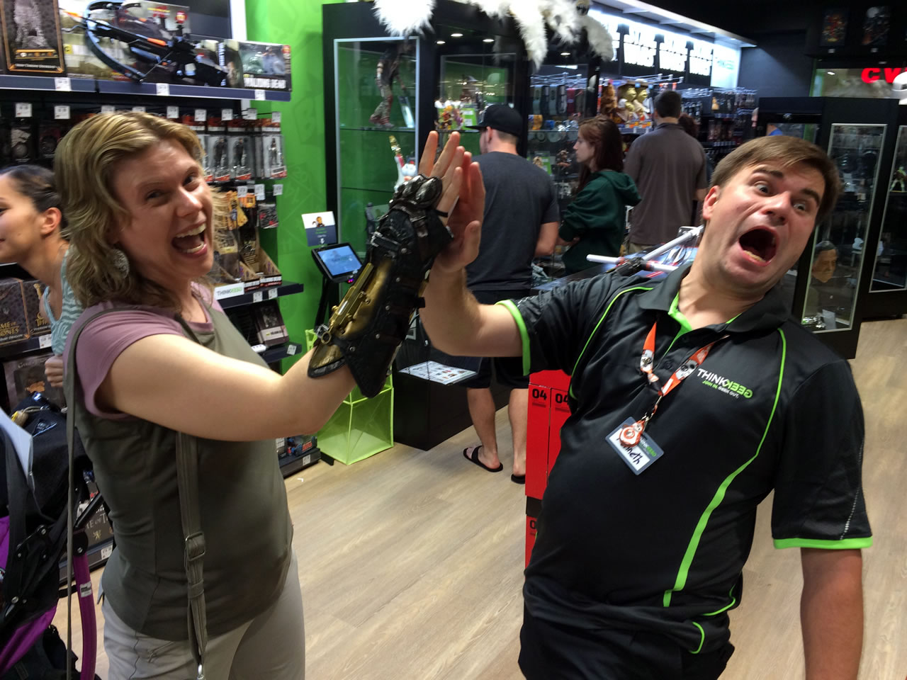 68 thinkgeek store - anitra and assassins creed gauntlet