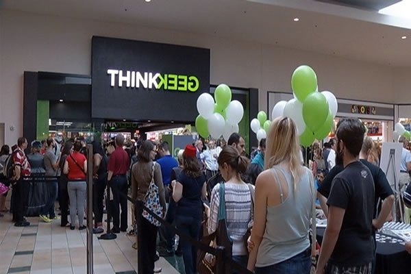 thinkgeek store - opening night