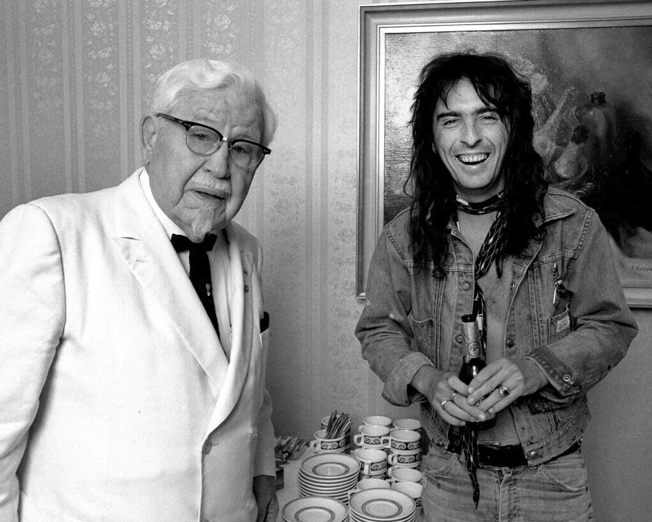 harland-sanders-and-alice-cooper