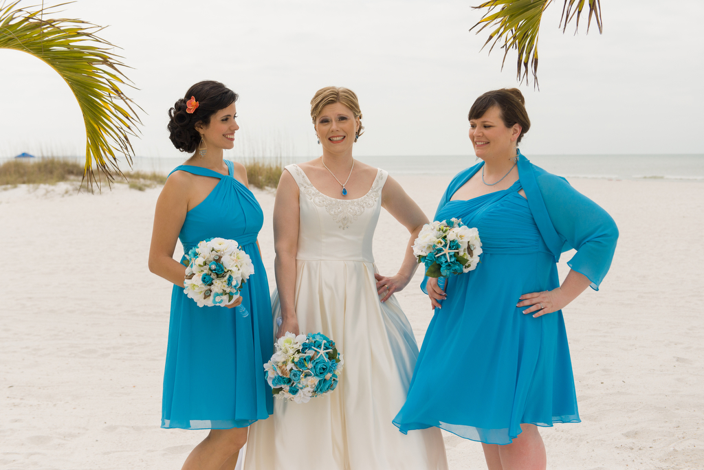 Anitra Pavka and Joey deVilla's wedding photo — Anitra flanked by bridesmaids Monique Guggino and Elizabeth Cannon-Dang.